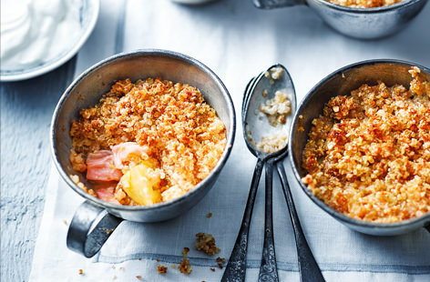 A delightful twist to the classic crumble recipe. Filled with tart rhubarb chunks and sweet apple and topped with a crunchy quinoa and porridge topping, this gluten-free dessert is easy to prepare and will hit the sweet spot.