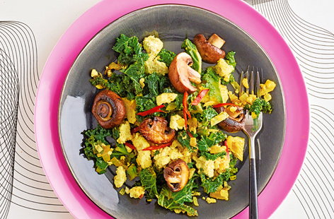 Tofu scramble with kale and roasted mushrooms