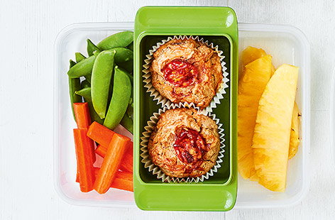 This tomato and bacon savoury muffin recipe makes a great healthy lunchbox idea for kids. Find more Lunchbox recipes on Tesco Real Food.
