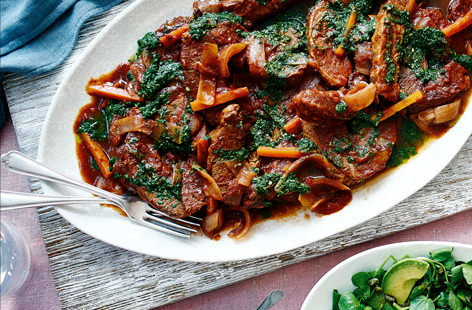 Looking to feed a crowd? Check out our delicious brisket recipes, from hearty ragu to impressive roasts.