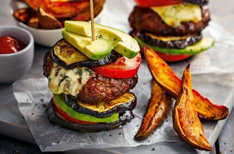 Skewer a chorizo and beef patty between layers of veg to create a delicious take on a bun-less burger. Serve with a side of crispy-skinned sweet potato wedges for a speedy midweek dinner that's packed with flavour