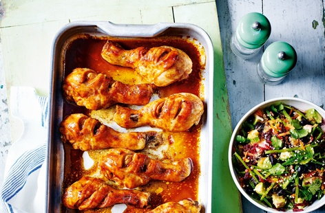 This easy chicken recipe is bursting with flavour; fiery sriracha-roasted chicken drumsticks with a beautiful side salad packed with earthy beetroot, creamy avocado and hearty black beans