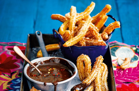 Churros with chilli-chocolate dip
