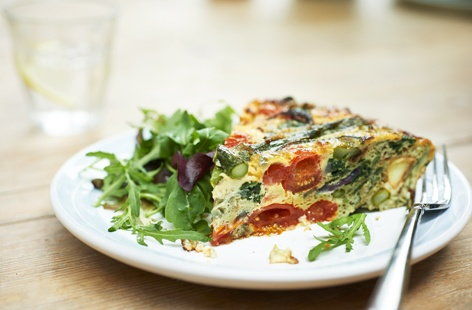 Asparagus, spinach and new potato frittata