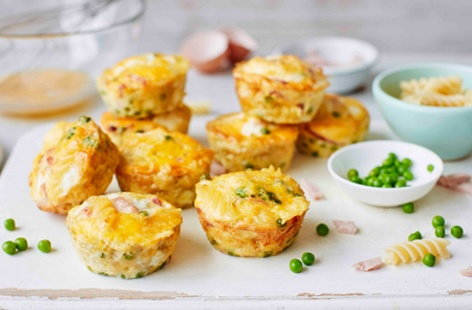 Oven-baked pea, ham and pasta frittatas