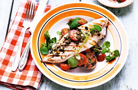 Grilled mackerel and tomatoes on toast