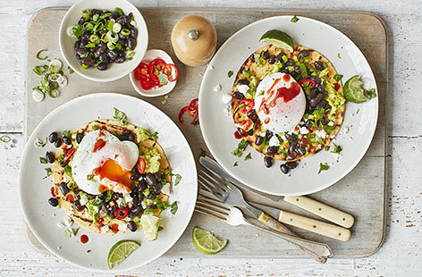 Bring the heat to your weekend brunch with these Mexican-inspired tostadas, layered with black beans, fiery chilli and creamy avocado. Topped with perfectly poached eggs and a drizzle of hot sauce, they take lazy Sundays to a whole new level
