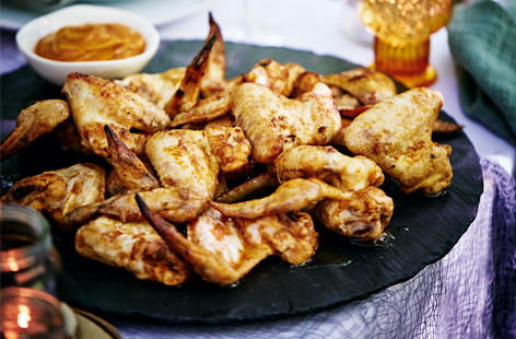 Chicken wings with smoked paprika mayo
