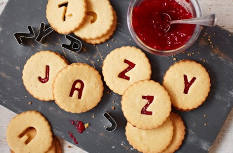 RFO Thumb Jammy Dodgers