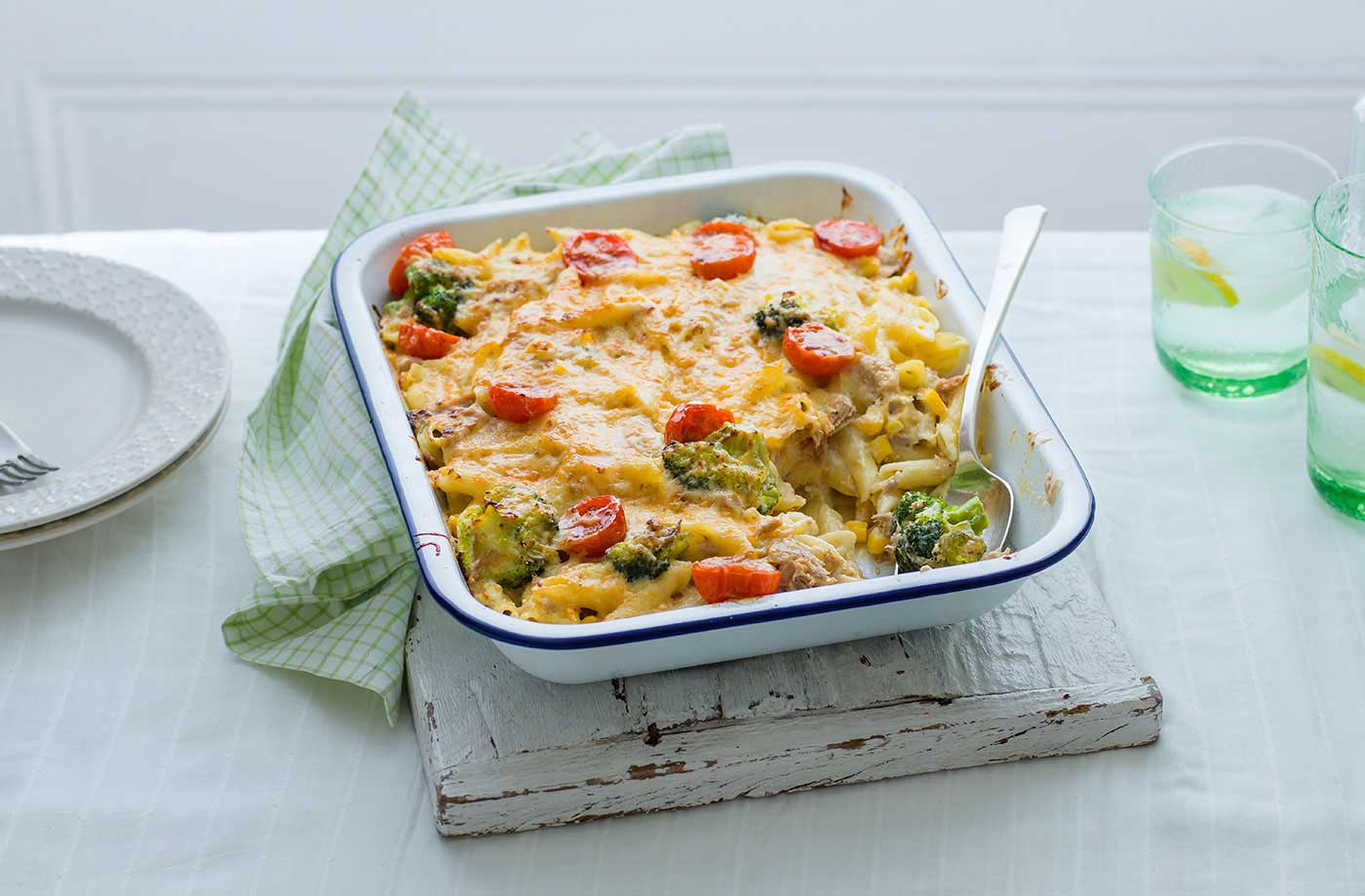 Rich and cheesy, this tuna pasta bake recipe is ideal for a busy weeknight.