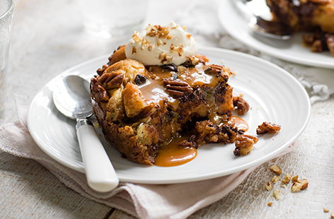 Sink into this sticky, sweet brioche bread pudding, packed with dark chocolate and pecans, loaded with salted caramel sauce, and made in a slow cooker! For an extra kick, why not try adding dark rum, it works beautifully with the bitter chocolate