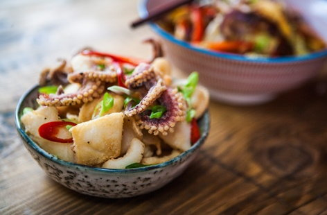 Spicy stir-fry with Asian-style squid