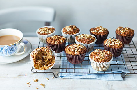 For a healthy snack or breakfast on the go, this vegan muffins recipe is just the thing.