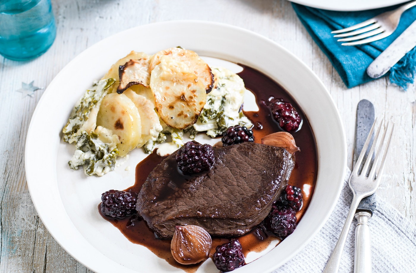Venison steaks with sloe gin and blackberry sauce recipe