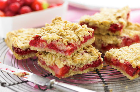 Raspberry and strawberry oaties