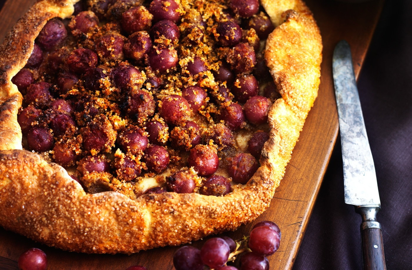 Rustic red grape tart recipe