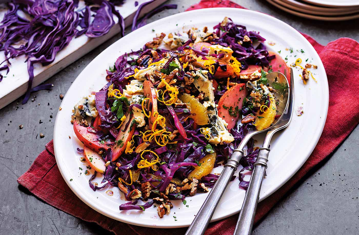 Red cabbage, pecan and blue cheese salad recipe