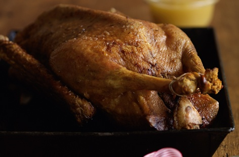Roast goose with spiced apple sauce day 6  thumb