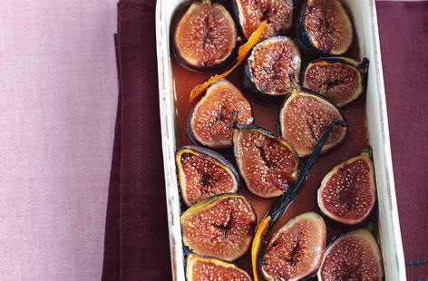 Roasted figs with cinnamon and orange