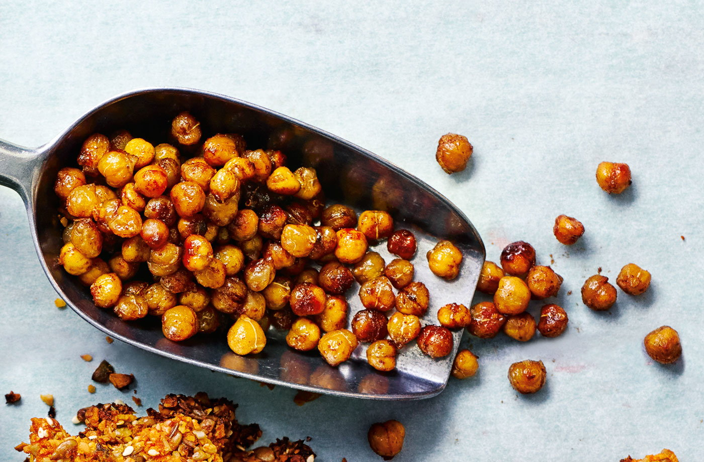 Maple and cinnamon roasted chickpeas