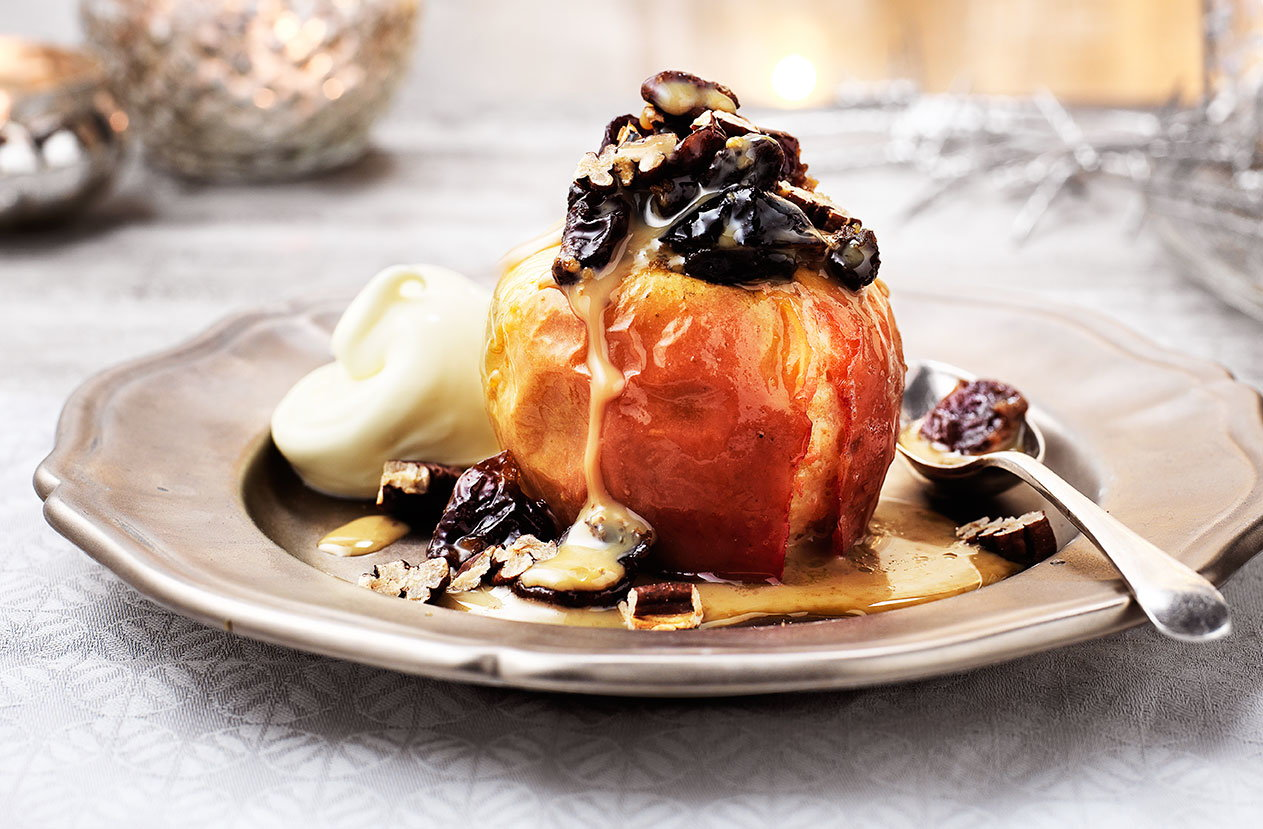 SALTED CARAMEL BAKED APPLES 146x128
