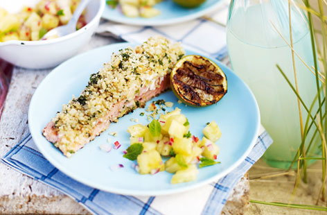 Salmon with toasted macadamia crust and pineapple salsa thumb