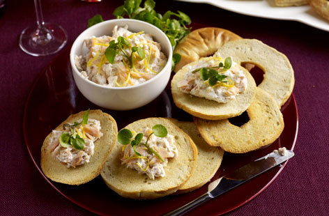 Smoked trout pate on bagel toasts thumbnail 7eeec65f baf8 4ce8 a532 68895b630234 0 146x128