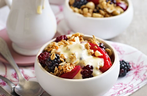 Spiced fruit crumbles HERO