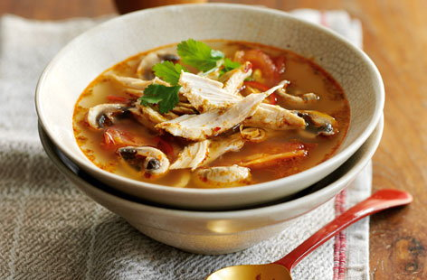 Spicy Thai chicken soup HERO
