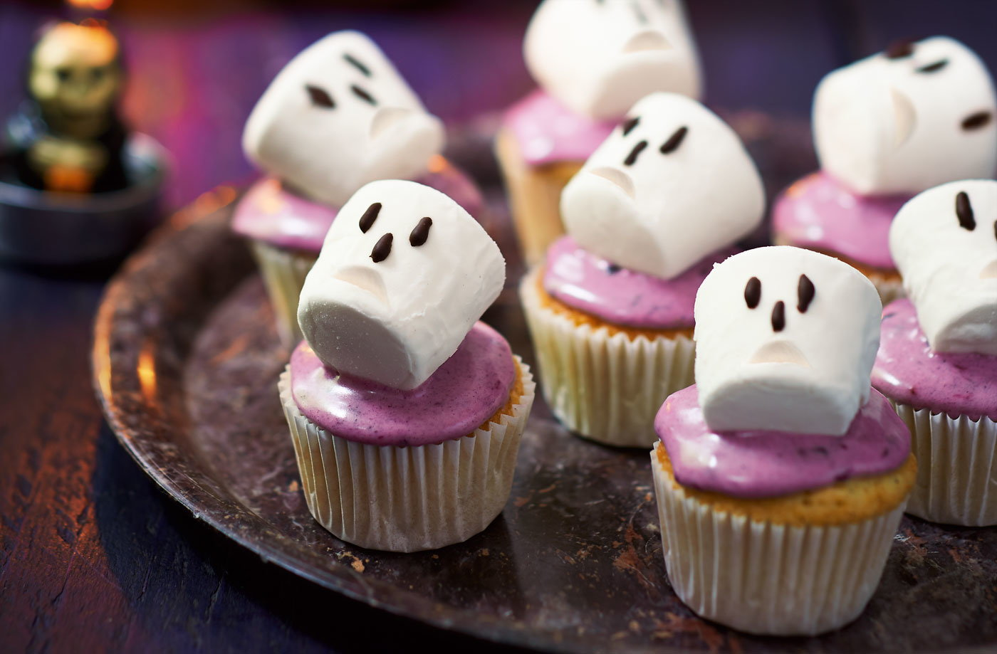 halloween recipes halloween baking recipes tesco real food - Halloween Bakery Ideas