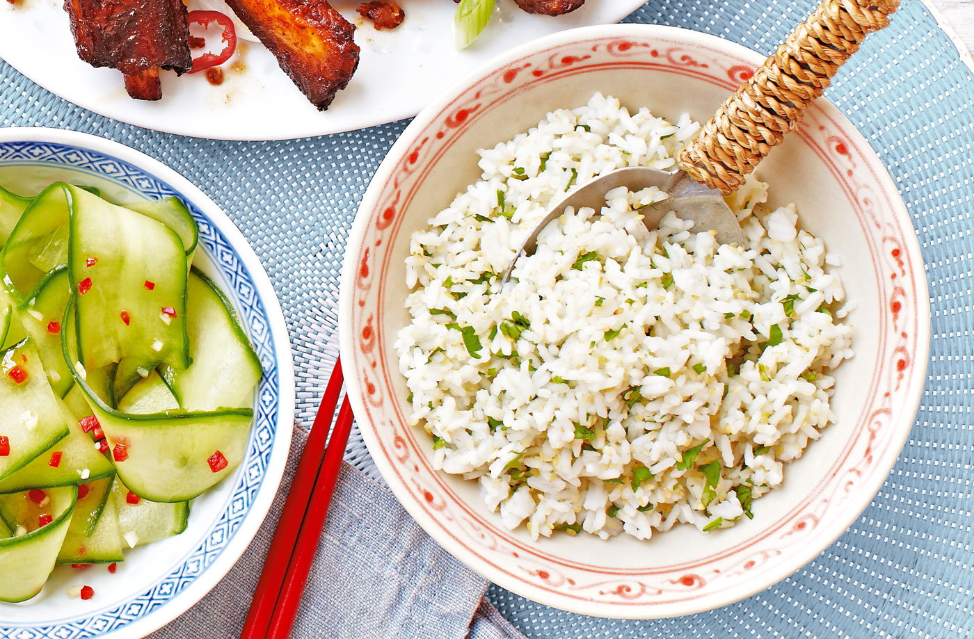 Steamed rice with toasted sesame seeds and coriander