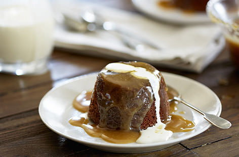 How to make sticky toffee puddings