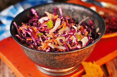 Sweet cabbage slaw (T)