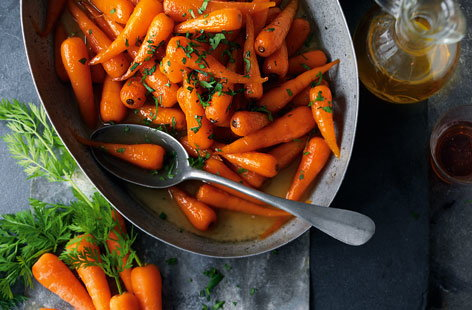 Sweet roasted Chantenay carrots HERO