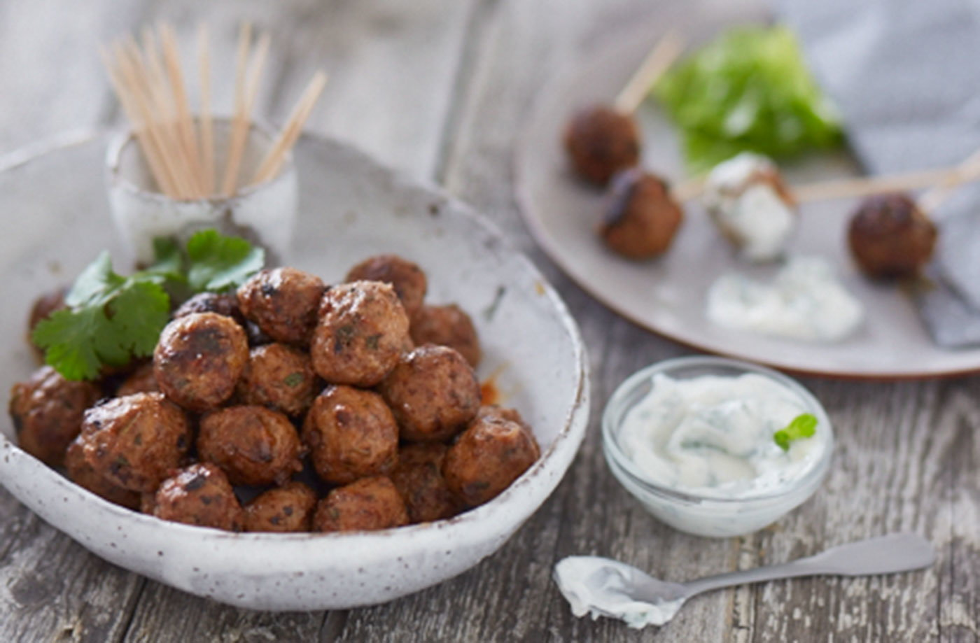 Tandoori lamb balls with raita dip recipe