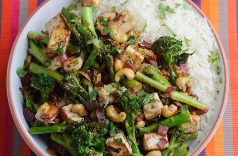 Tenderstem Broccoli cashew and tofu stir fry THUMB