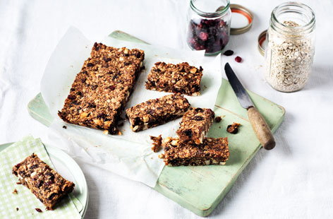 These nutritious fruity granola bars are perfect for breakfast on the run, lunchboxes or as an afternoon pick me up