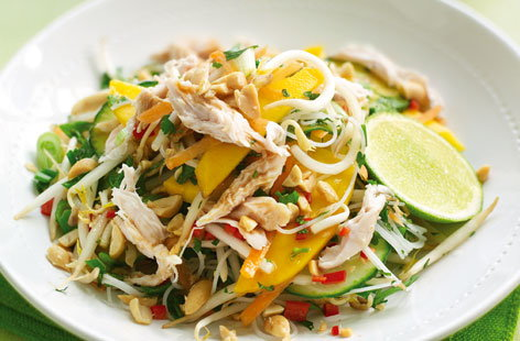 Thai salad with paw paw and chicken thumb