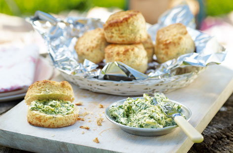 Three cheese scones with herb butter (H)