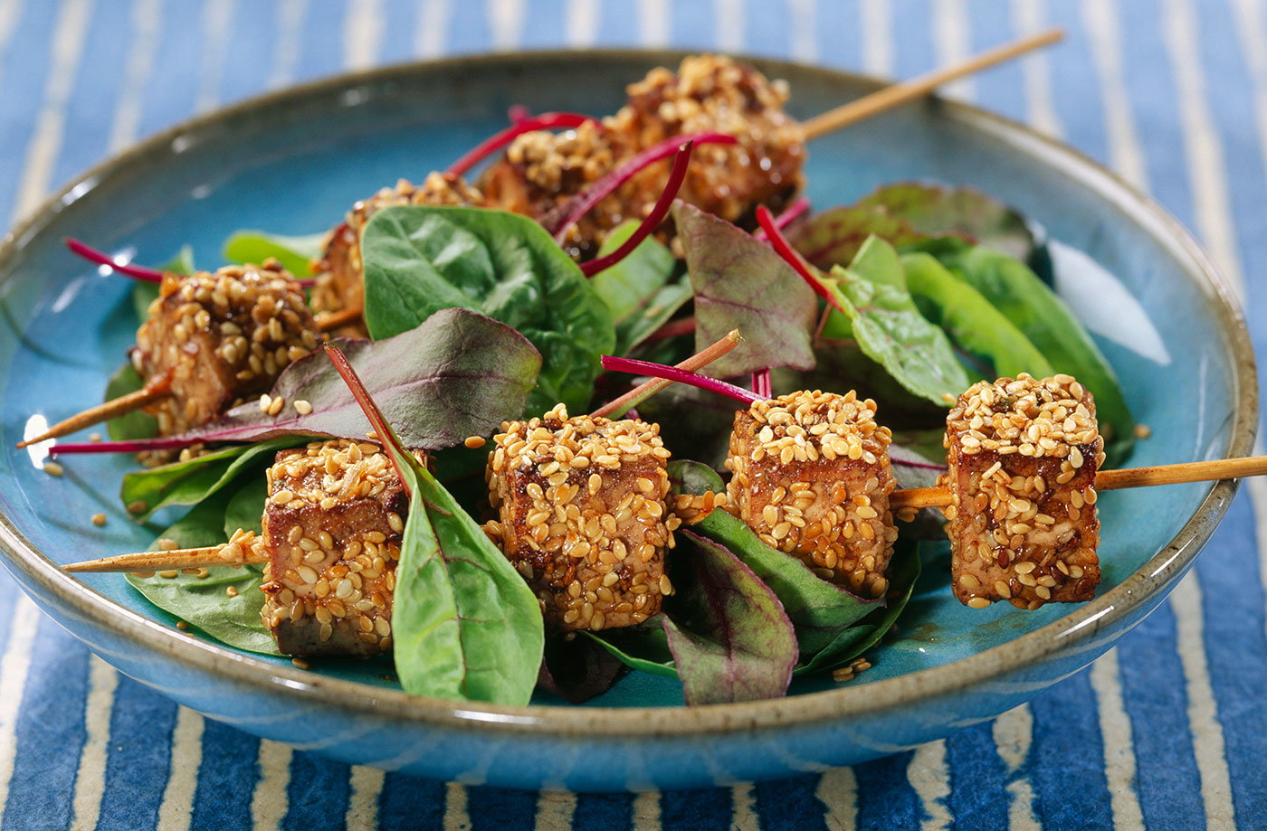 Tofu brochettes with sesame seeds recipe