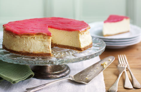 Vanilla cheesecake with rhubarb HERO