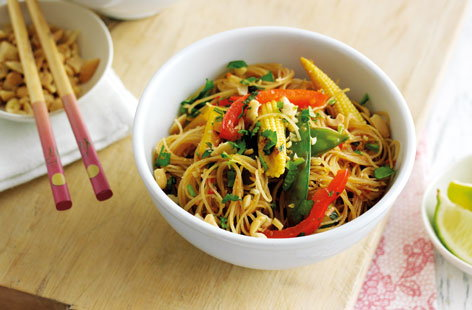 Vietnamese-style chilli veg noodles | Tesco Real Food