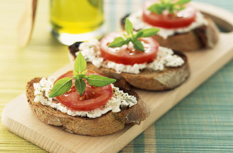 goats cheese crostini HERO
