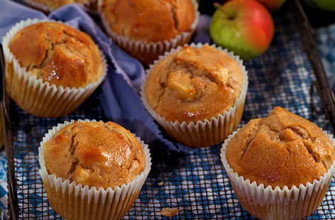 Spiced apple and pear muffins with maple syrup