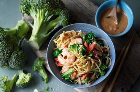 Enjoy a new twist on a british classic, broccoli is a whole new level of tasty with this broccoli, pepper and prawn noodles recipe