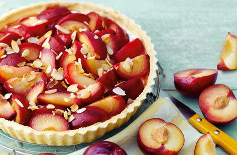 Vanilla, plum, amaretto and mascarpone tart