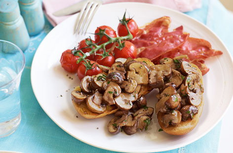 Prosciutto with roasted cherry tomatoes