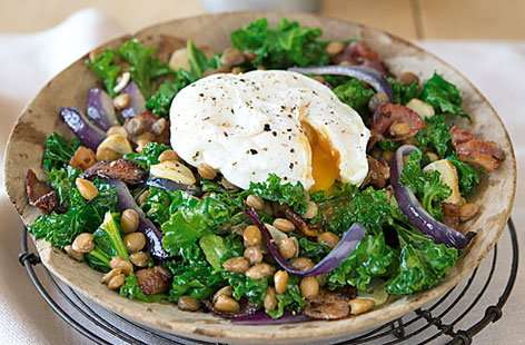 Warm kale, bacon and lentil salad with poached egg