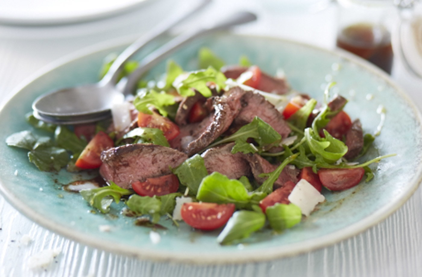 Italian beef, rocket and parmesan warm salad recipe