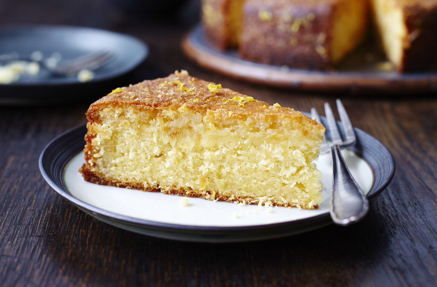 Ginger Lemon Drizzle Cake